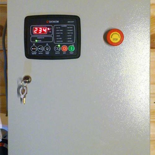 Контроллер DKG207 на щите АВР